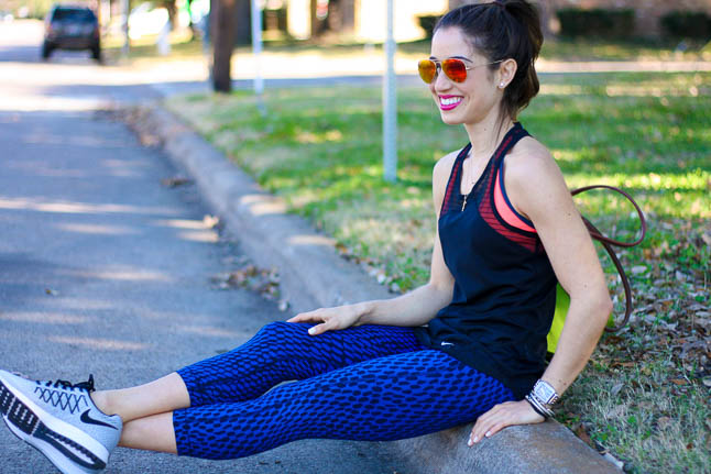 Black + Blue Crops - these fun printed crops can take you from gym to errands, all while looking super cute! | adoubledose.com