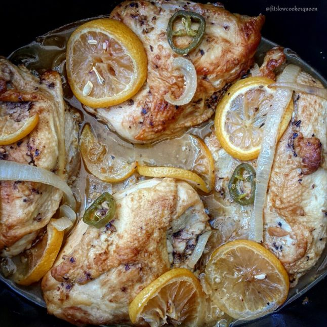Slow Cooker Garlic Citrus Chicken - Double Dose of Fitness | adoubledose.com