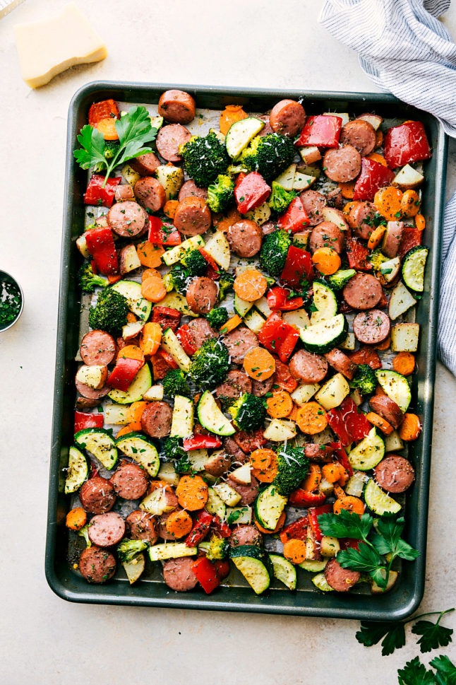 One-Pan Sausage and Veggies - Double Dose of Fitness | adoubledose.com